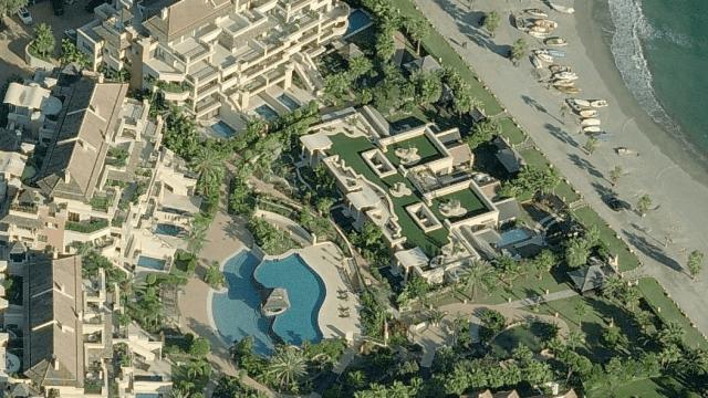 Property in the Gated Beachfront development Laguna de Banus