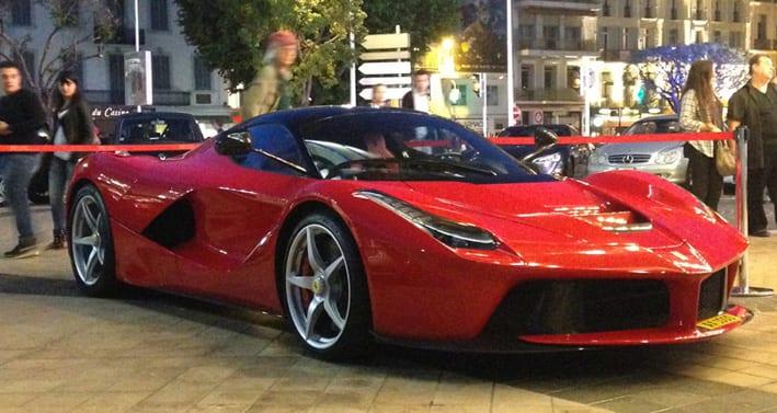 LaFerrari-Red-Luxemburg-ax1000