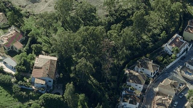 Villa on 11000m2 commercial land for sale San Pedro