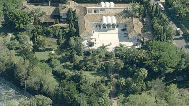 Marbella East.Mansion for sale 8800m2 plot