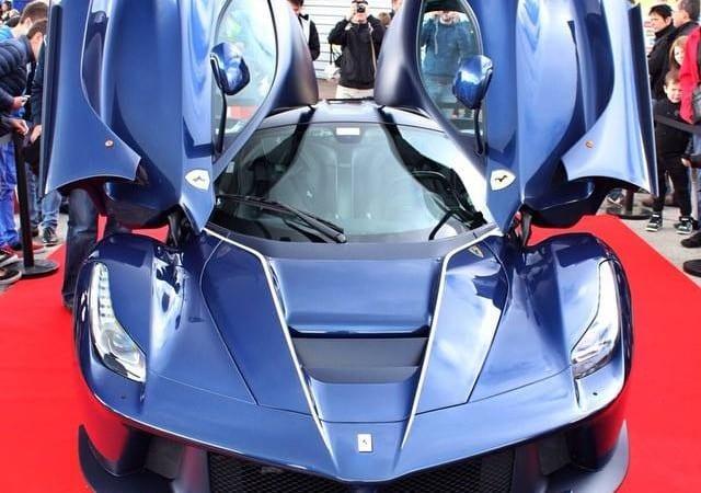 LaFerrari-blue