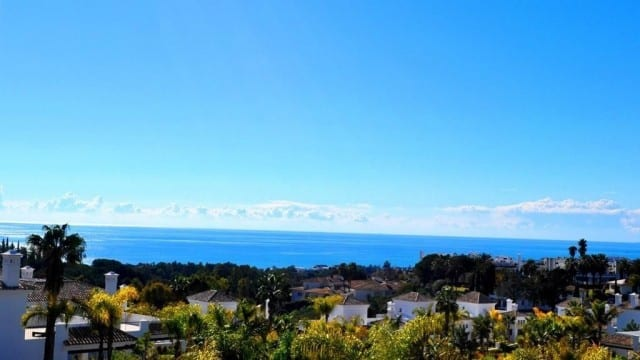 Villa on Golden mile, great views to Garden, Pool and Sea