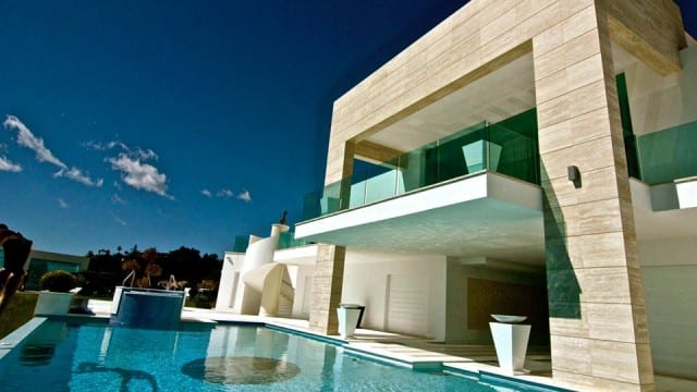 Benahavis – REDUCED Modern 5 stars Mansion with sea views