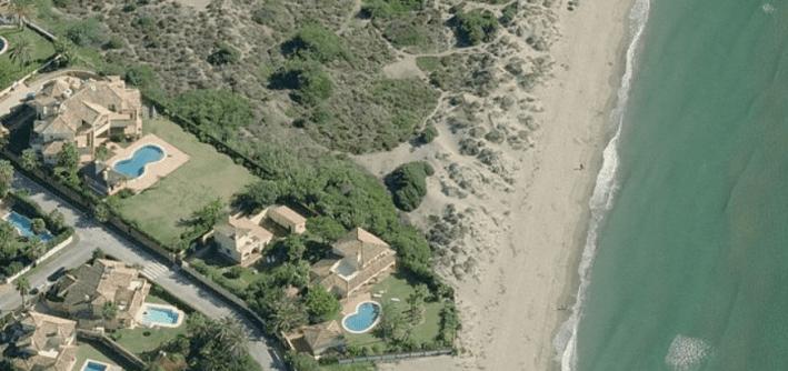 beach villa for sale Marbella East