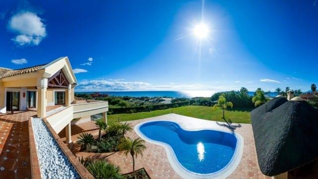 6 bed Beach villa for sale Marbella East
