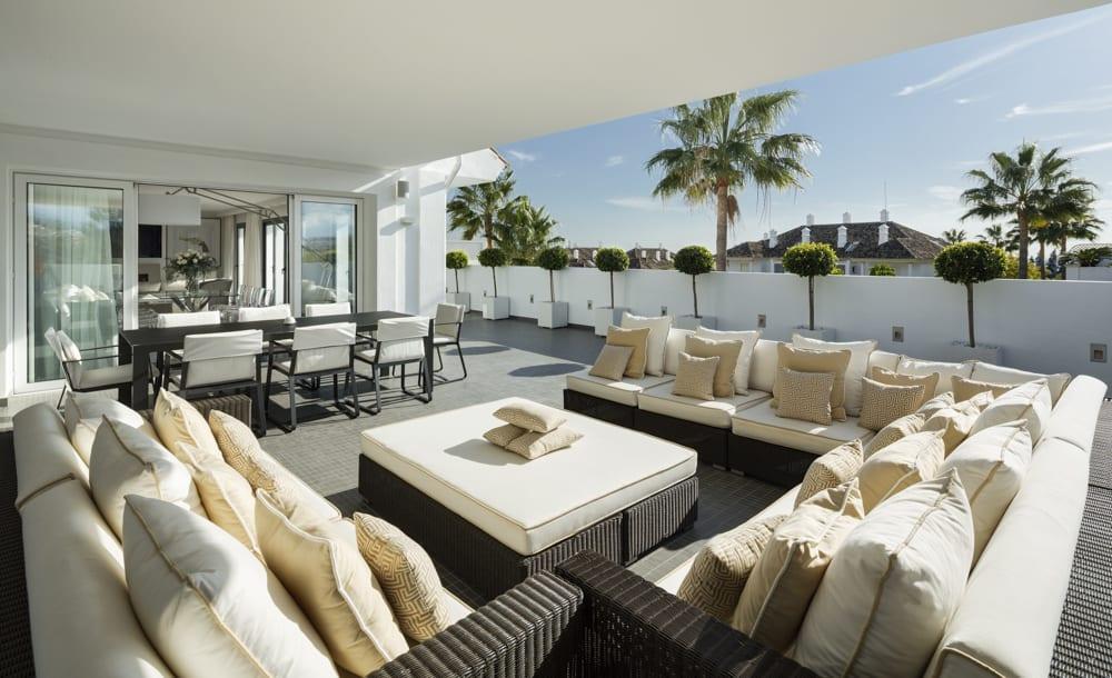 Marbella 5bed penthouse in a gated urbanization - Sofas en marbella ...