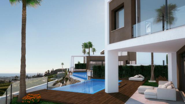 Modern Villa with open views in Benahavis