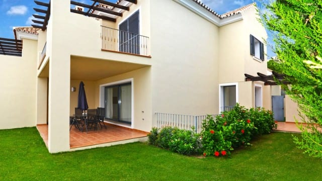 €495.000 Semi detached villa for sale New Golden Mile