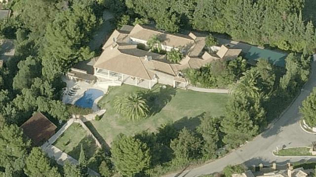 Villa on Large plot for sale New Golden Mile Estepona