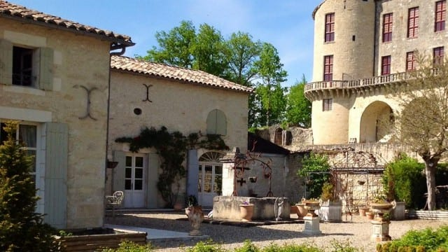 Chateau for sale & rent Bordeaux region France