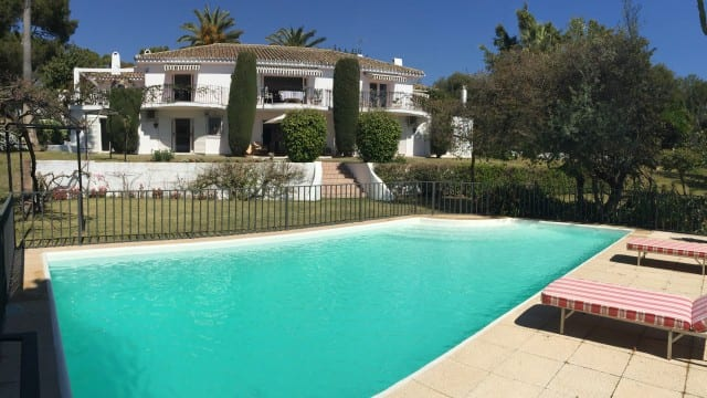 Golden mile villa to reform large plot and sea views