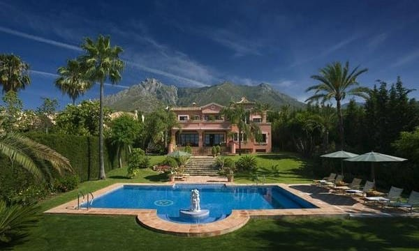 Sierra Blanca Mansion.Sea views & Tennis.Reduced €3million