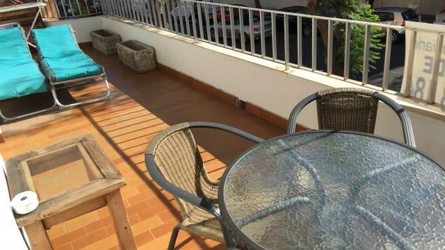 Beachside Marbella Town.2 bed Corner Apt. 2 terraces.