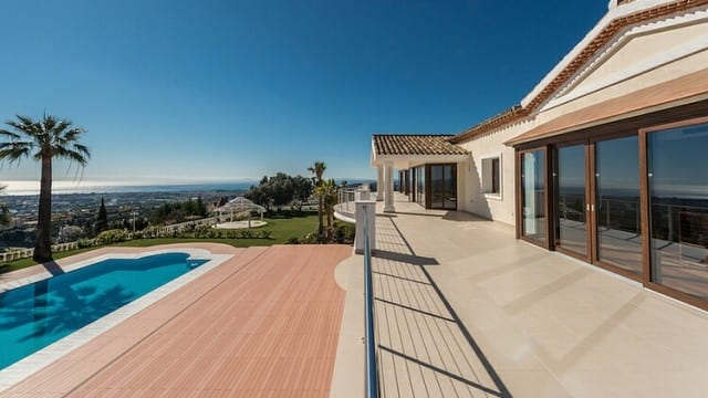 SOLD.2000m2 Mansion with Sea views El Madronal