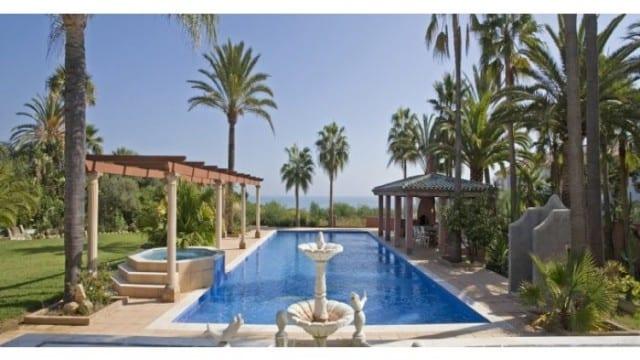 Estepona Rental – Villa with tennis court