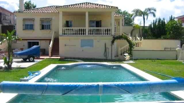 Estepona Villa bargain
