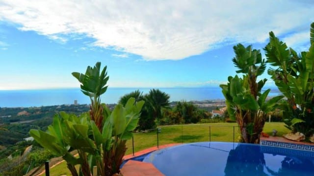 Bargain.Unique Marbella villa with amazing sea views