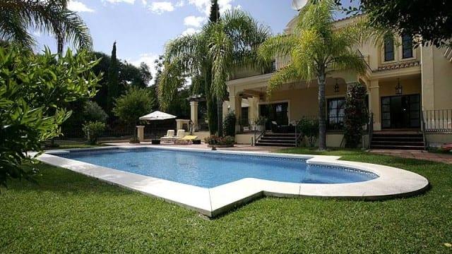 El Paraiso quality villa for sale & rent