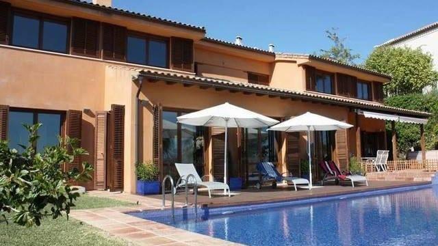 Bargain.Benahavis villa with nice views
