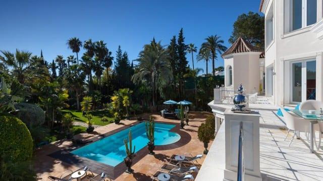 Reduced – El Paraiso luxury villa for sale