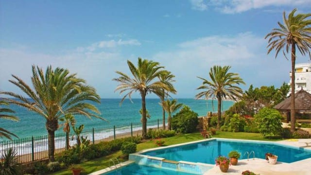 Golden Mile Marbella 14 bed Beachfront mansion