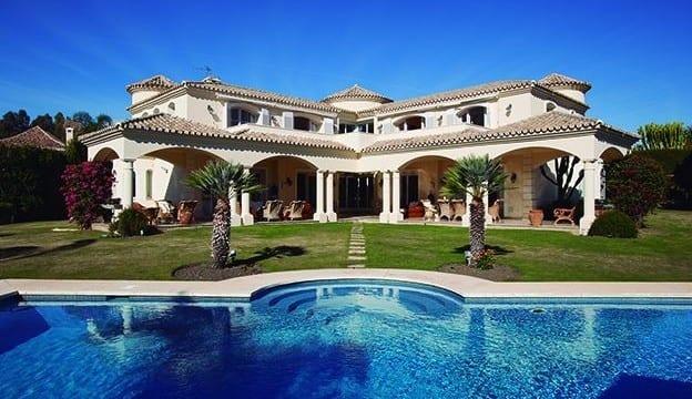 Reduced.Nueva Andalucia villa with golf views