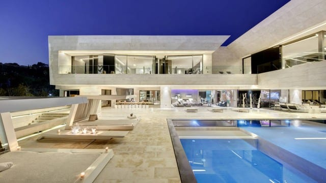Marbella modern villa for sale & rent with tennis court & sea views