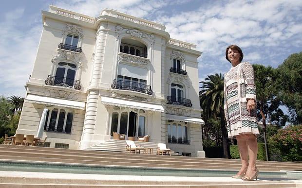Marina-Picasso-selling-villa