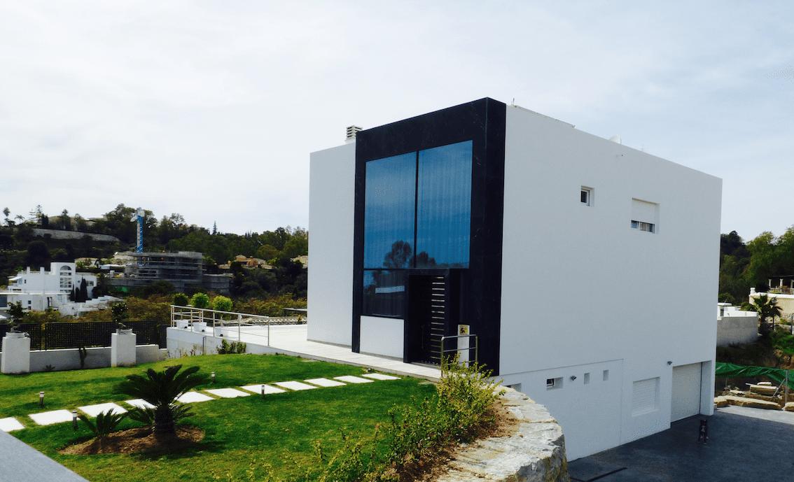 Villa benahavis modern vendre avec vue sur la mer for Villa moderne 2016