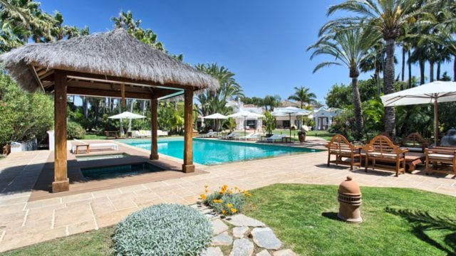 5min Puerto Banus Cortijo Style Mansion for sale