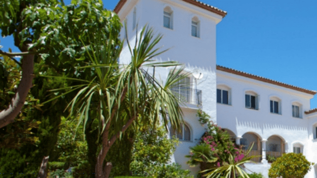 10min Puerto Banus.3bed Townhouse & 1 bed Apartments