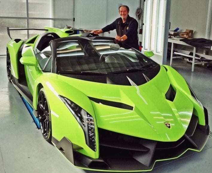 valentino-balboni-poses-beside-a-lamborghini-veneno-roadster-painted-in-verde-singh