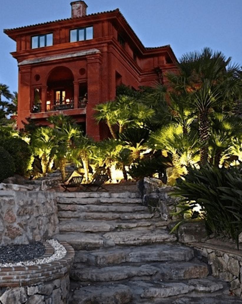 palatial mansion marbella hanglage mit meerblick