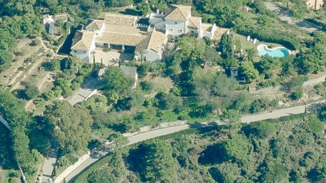 EL MADROÑAL hilltop Country style villa with sea views
