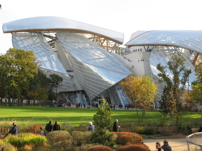 The Fondation Louis Vuitton, situated in the Bois de Boulogne, a stone's throw from the Jardin d'Acclimatation, opened its doors on 27 October 2014