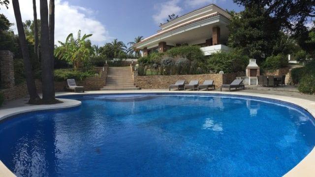 Reduced Nueva Andalucia villa near Puerto Banus