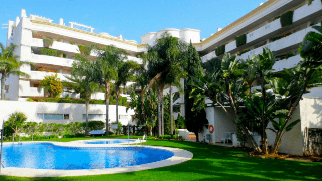 Puerto Banus quality 2 bedroom apartment for sale & rent