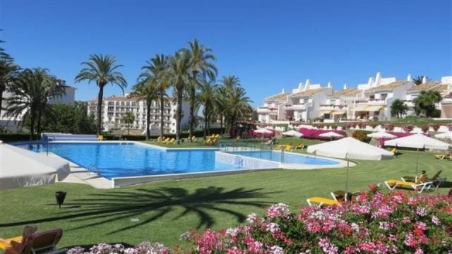 Nueva Andalucia apartment for sale near Puerto Banus