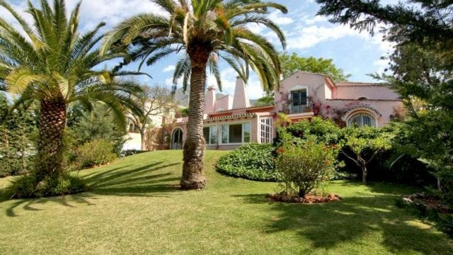 BARGAIN Marbella Hill club villa to expand and reform.