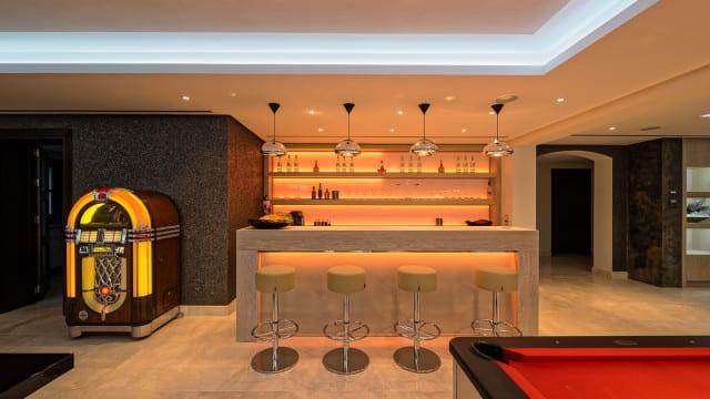 mansion-la-zagaleta-bar-640x360