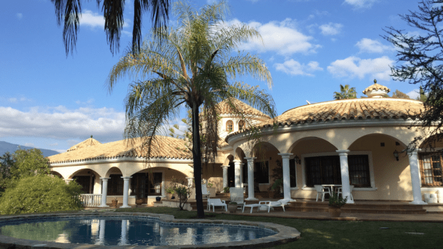 Bargain.New Golden Mile Andalucian villa needs reform