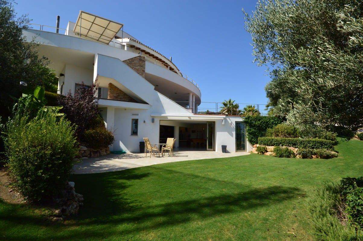 R duit benahavis villa contemporaine avec vue mer et vue for Villa contemporaine