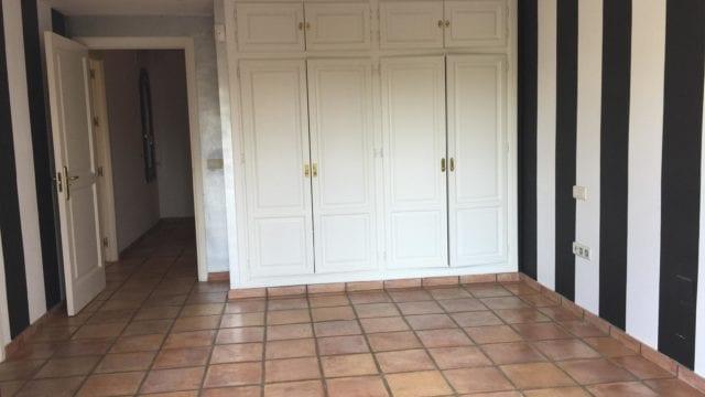 nuevaandaluciavillabedroom2