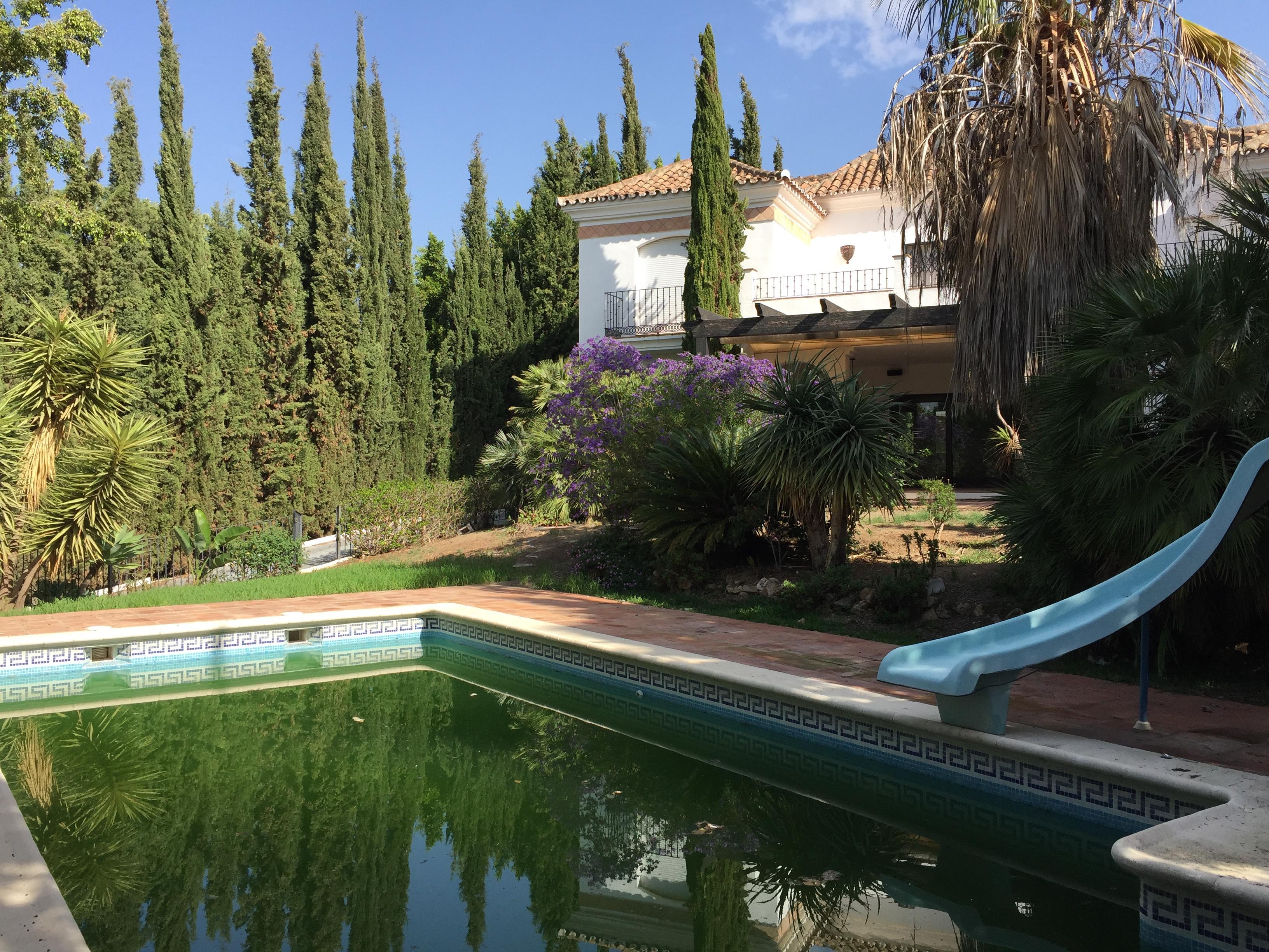 Reserved - Bank repo villa.Nueva Andalucia Marbella ...