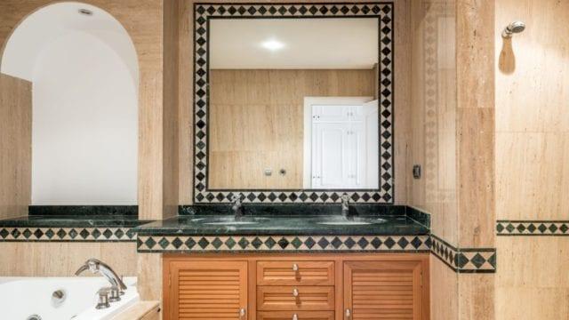 Marbella Hillside.Luxury apartment for sale