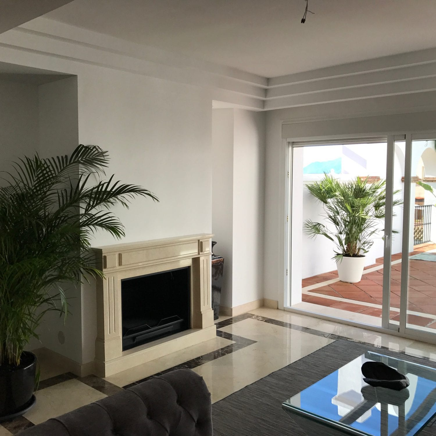 Marbella Hillside 2 3 and 4 bedroom apartments with sea and mountain views