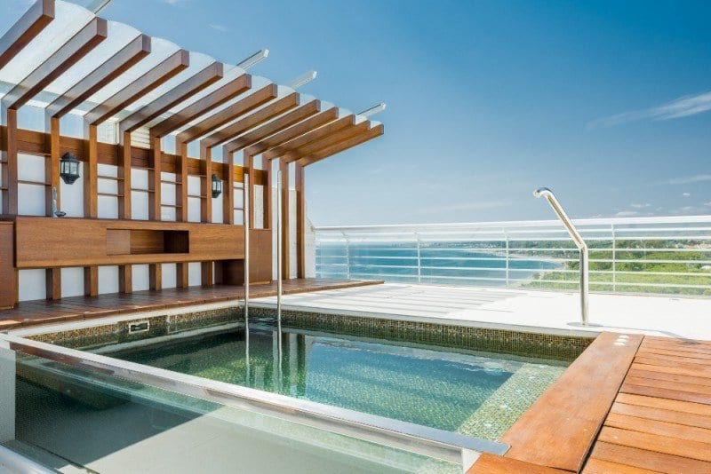Penthouse With Sea Views And Roof Top Pool Golden Mile