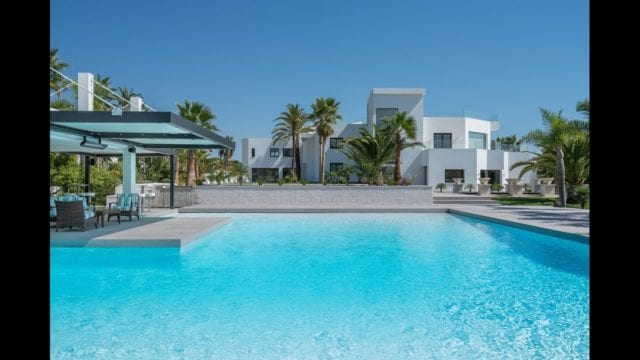 Nueva Andalucia new Luxury Villa for sale on 7447 m2 plot