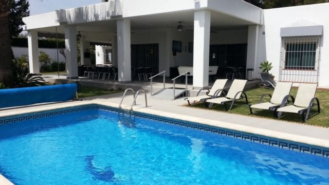 Golden mile Marbella, villa with 10 bedrooms for sale and rent