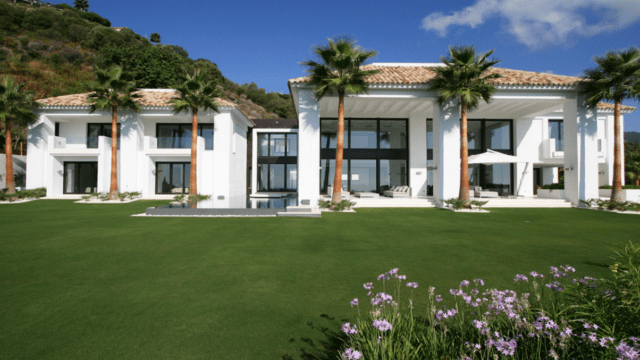 La Zagaleta modern villa with sea views for rent